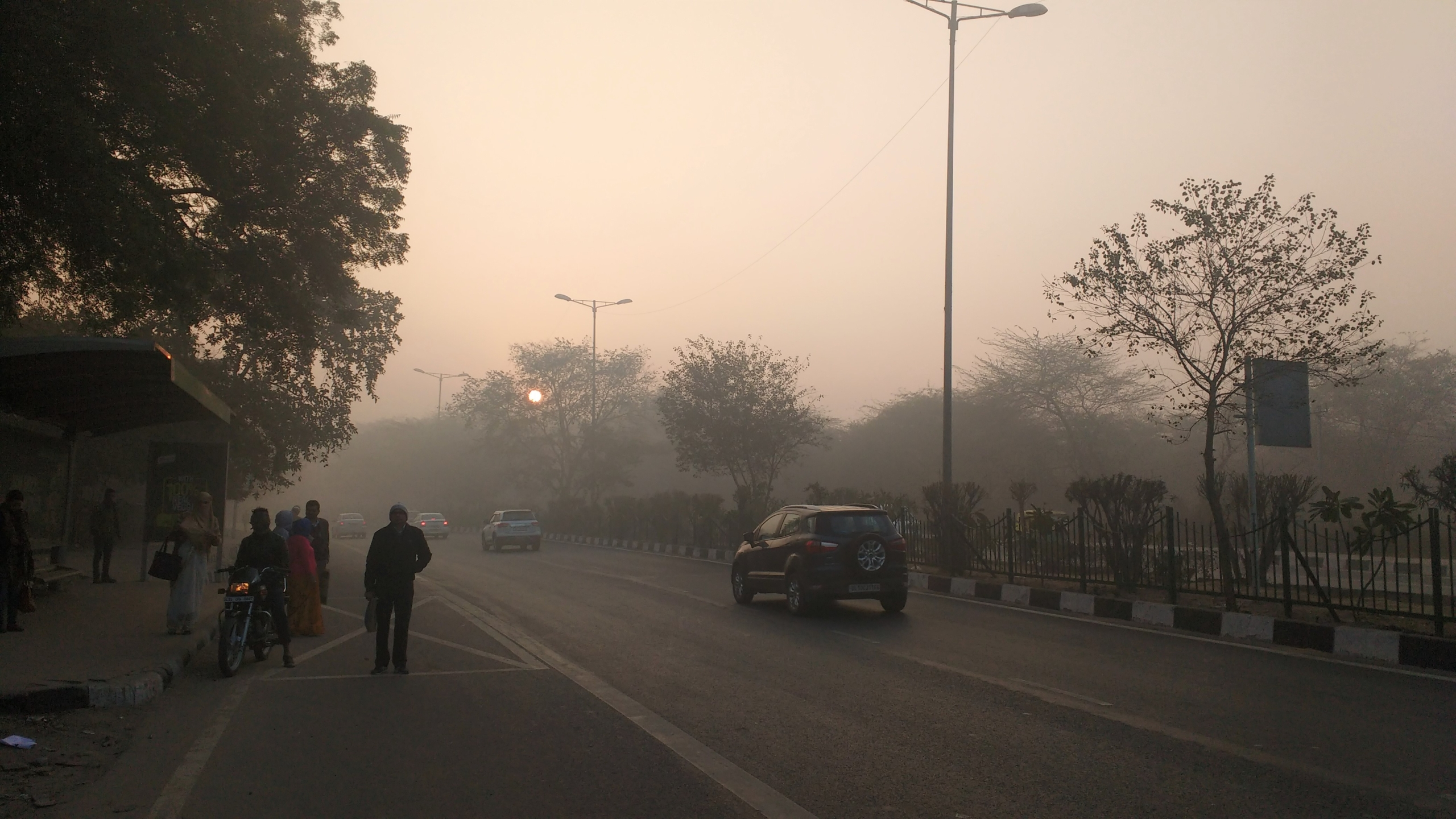 India winter high unsafe PM2.5 pollution levels compared with summer