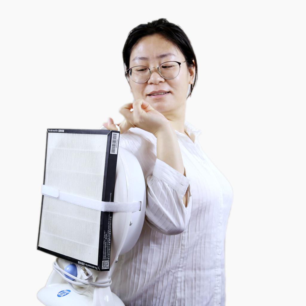 Hailian Hao holding DIY